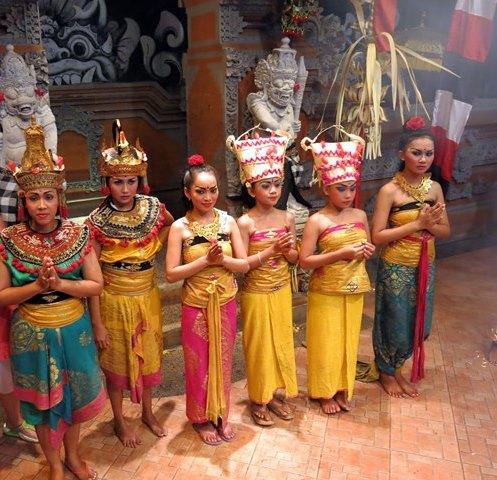 9 XI Bali 1   (749)